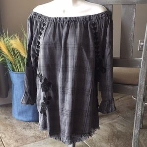 NWT Standard Grace Gray Boho Off Shouder Top